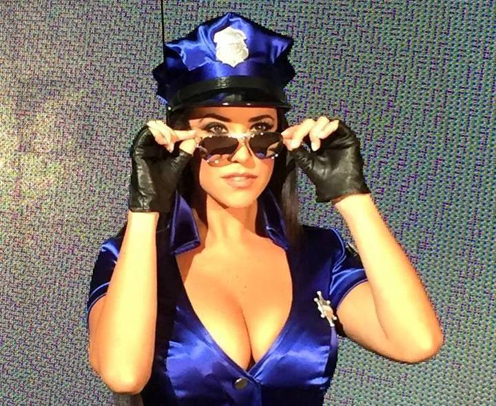 Claudia Ruggeri la sensuale poliziotta di Avanti un altro si sposa con il cognato di Bonolis