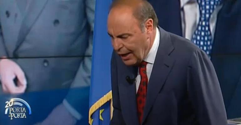Durissimo scontro tra Vespa e Brunetta, il conduttore, Onorevole ma sta impazzendo? La risposta, Lei è amico di Renzi
