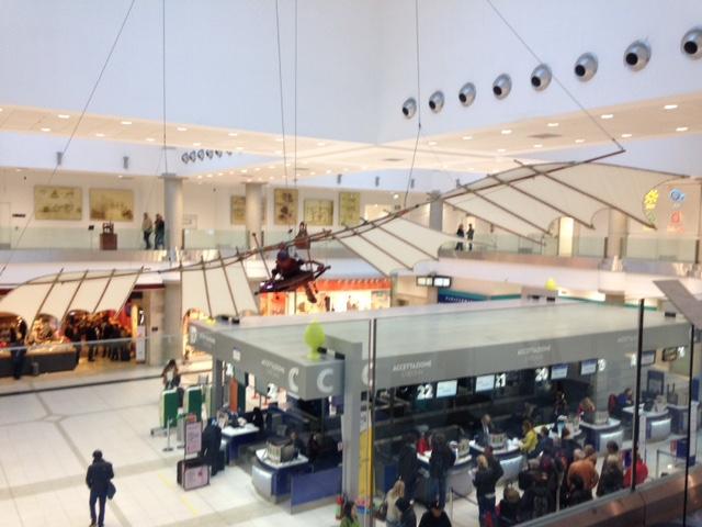 """L'aeroporto di Bari ospiterà fino al 30 settembre, una interessantissima mostra: """"Il volo: dalle Ali di Leonardo … a oggi"""""""