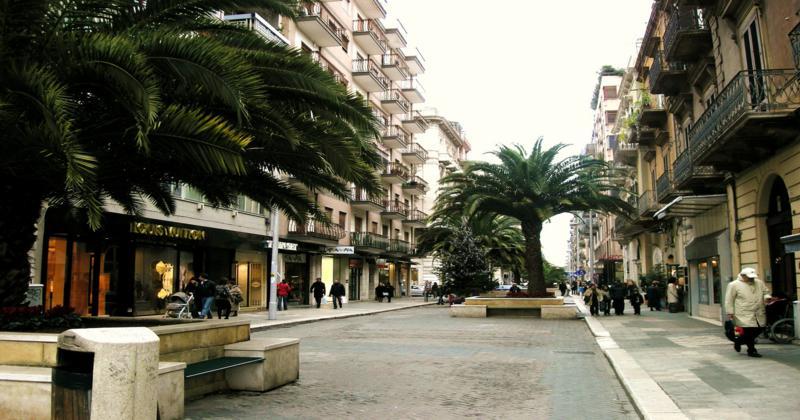 """Il Comune di Bari stoppa la petizione """"salviamo via Sparano"""". Decaro spiega il """"perchè"""""""