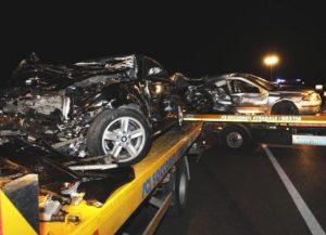 Castellaneta terribile incidente alle prime ore dell'alba, morte 6 persone