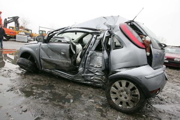 A Mottola e ad Acquaviva due incidenti stradali con morti e feriti