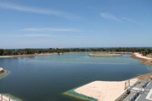 Fasano, inaugurato un bellissimo lago artificiale 50 mila metri cubi di acqua, sarà un luogo per lunghe passeggiate e picnic