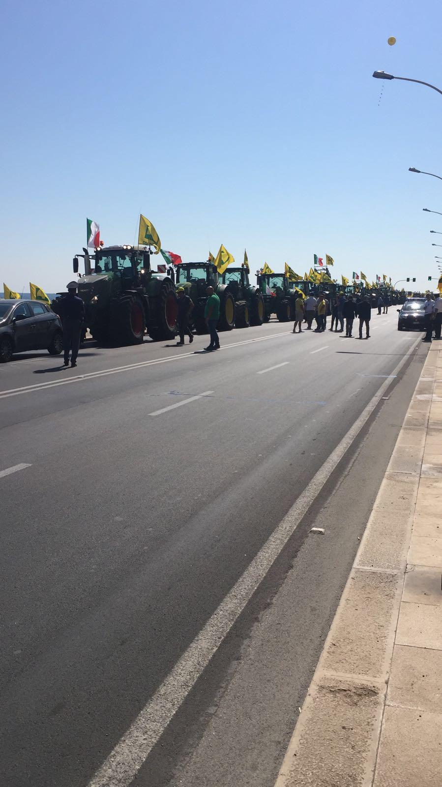 Bari, sospeso ad insaputa dei cittadini il servizio di Park & Ride di Pane e Pomodoro. Protestano gli abbonati della navetta