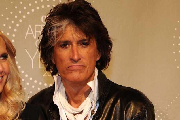 Aerosmith, il chitarrista Joe Perry si sente male e viene ricoverato d'urgenza