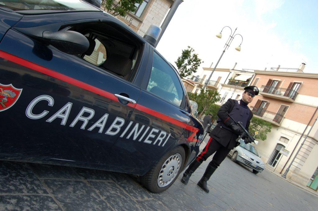 Molfetta, due giovanissime ragazze rubano e poi una di loro violenta disabile, arrestate