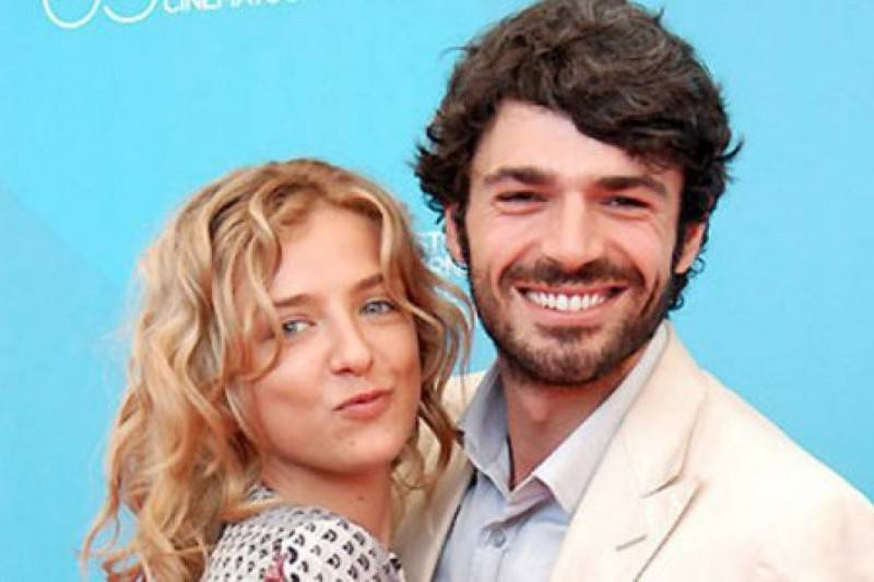 Myriam Catania vacanza di fuoco con il suo nuovo amore parigino Quentin, dimenticato Luca Argentero?