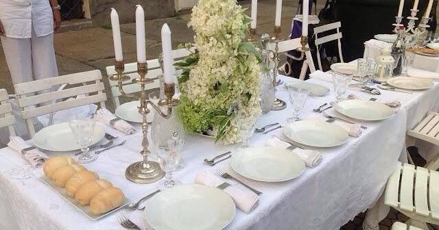Taranto in trepida attesa per sua Cena in Bianco. Eleganti coreografie di architetti, premi e solidarietà