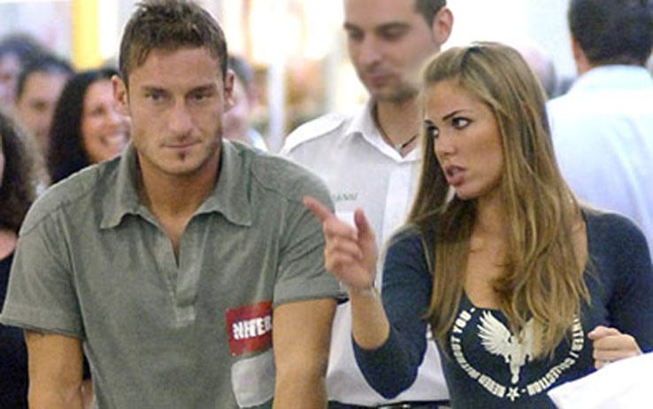 Tra Ilary Blasi e Francesco Totti dopo giorni di litigi è scoppiata nuovamente la passione