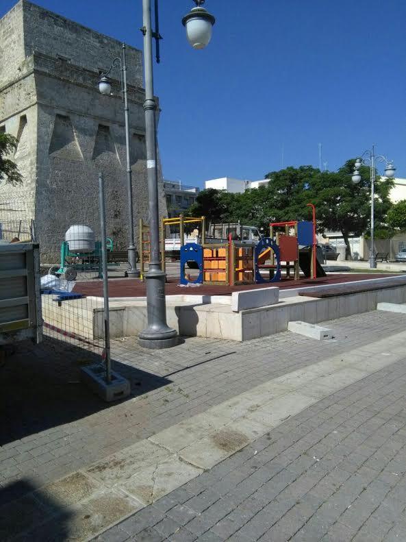 """Torre a Mare, inaugura oggi la nuova area giochi per bimbi. Galasso:""""Ogni quartiere avrà il suo spazio per i bimbi, promesso"""""""