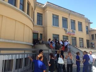 Tragedia ferroviaria in Puglia il momento più doloroso, il riconoscimento delle vittime