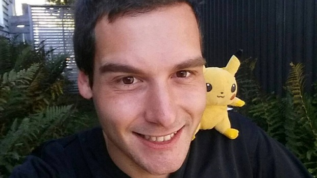 """Non va più a lavorare per scovare i Pokemon, il padre """"sono fiero di lui"""""""