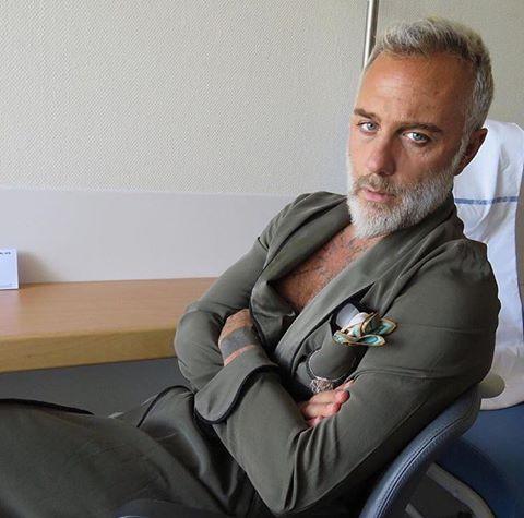 Misteriosi problemi di salute per Gianluca Vacchi il facoltoso imprenditore re dei social