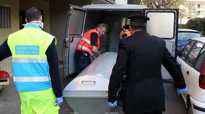 Tragedia a Bari: un uomo di 43 anni muore da solo in casa e nessuno se ne accorge per giorni