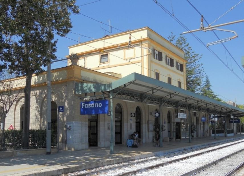 28333-1-stazione_fasano
