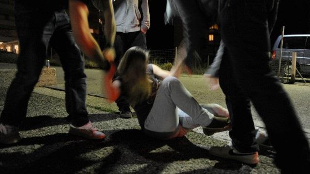 Violenza di gruppo a Bari, gli chiedono una sigaretta, non la da e viene pesato a sangue