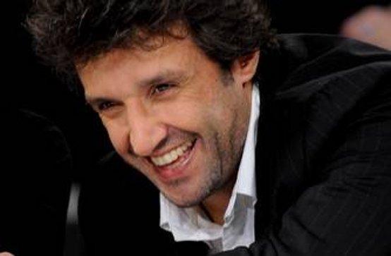 Flavio Insinna, matrimonio a sorpresa: sposerà la giornalista Graziamaria Dragani