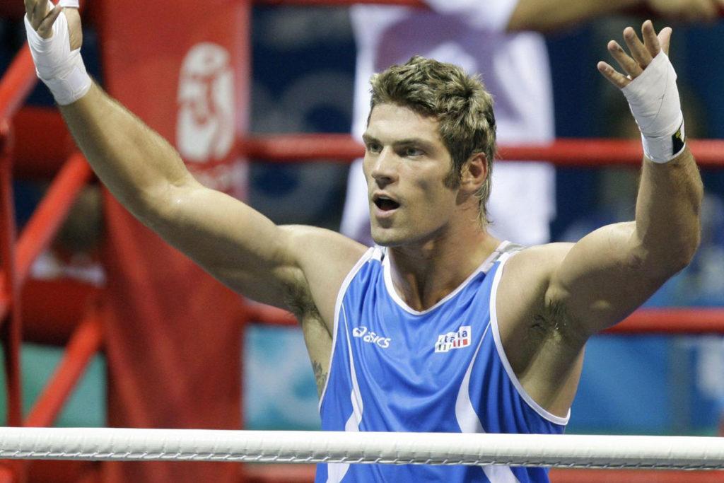 Grande Fratelli Vip svelati i nomi dei concorrenti tra i quali c'è il pugile Clemente Russo ora alle Olimpiadi