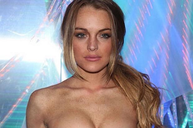 Lindsay Lohan, litiga in spiaggia con l'ex fidanzato e lui l'aggredisce