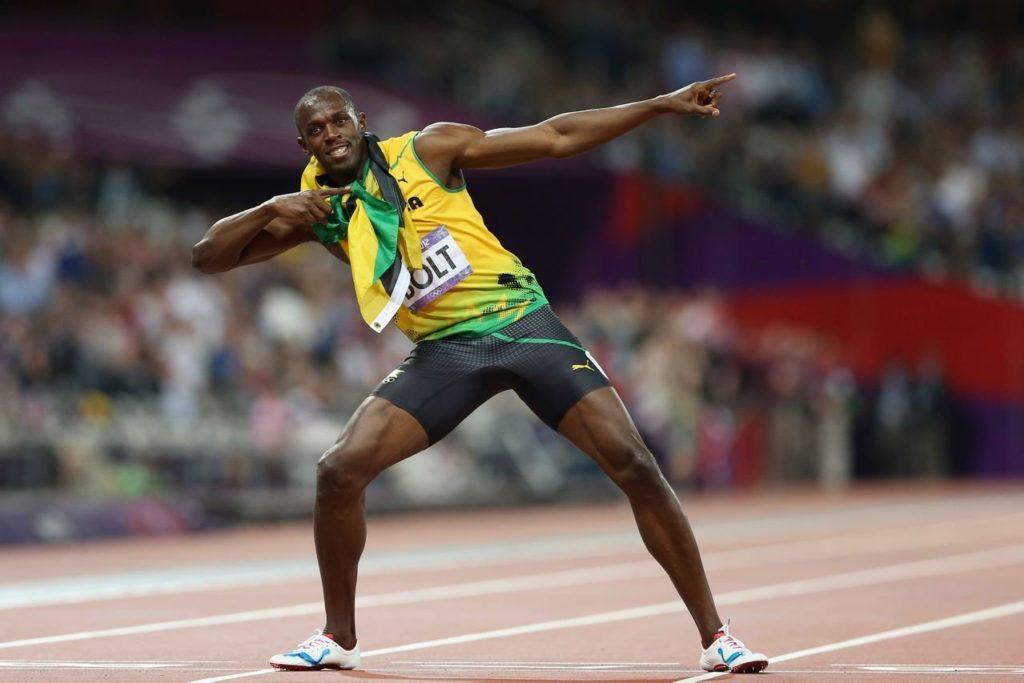 Usain Bolt festeggia le tre medaglie d'oro passando la notte con una focosa 20enne brasiliana tradendo la sua fidanzata storica