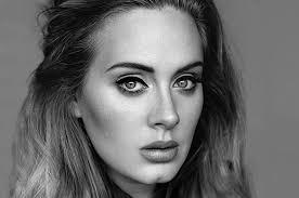 Adele, fa acquisti a H&M ma alla cassa le carta di credito negano la transazione
