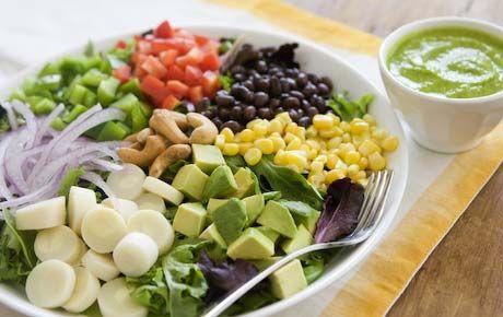 FI proposta choc: in galera i genitori che nutrono i minori secondo la dieta vegana