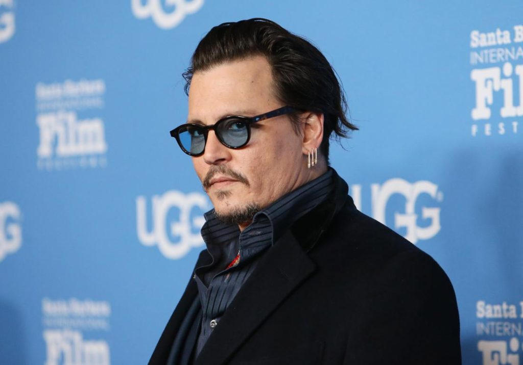 Johnny Depp dito amputato: bufala o follia?