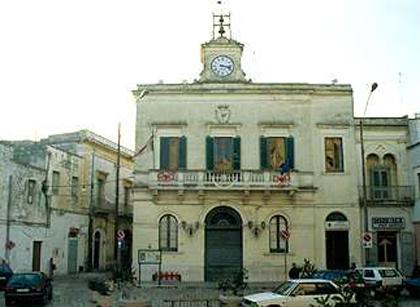 Tragedia a Novoli,Lecce: una donna di 84 sulla sedia a rotelle muore tra le fiamme