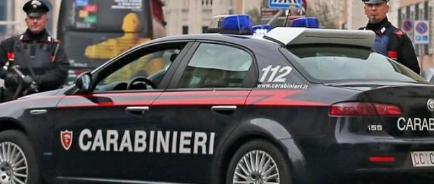 Omicidio a Foggia, uomo ucciso a coltellate per un parcheggio davanti a tante persone