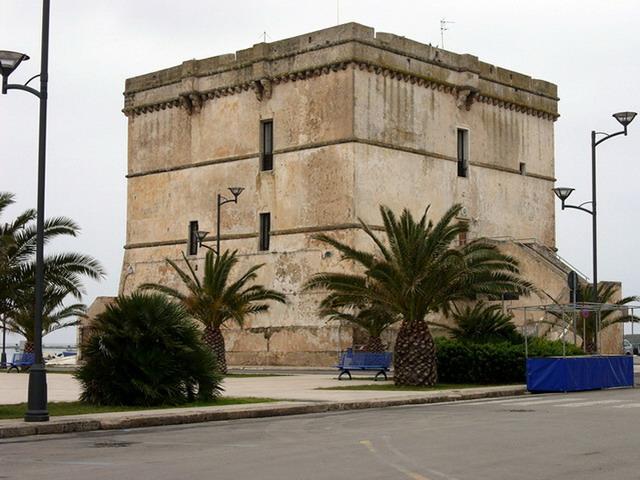 Bufera al comune di Porto Cesareo,  assessore rende noto il nome della ditta aggiudicataria dell'appalto, ma la gara è ancora in corso