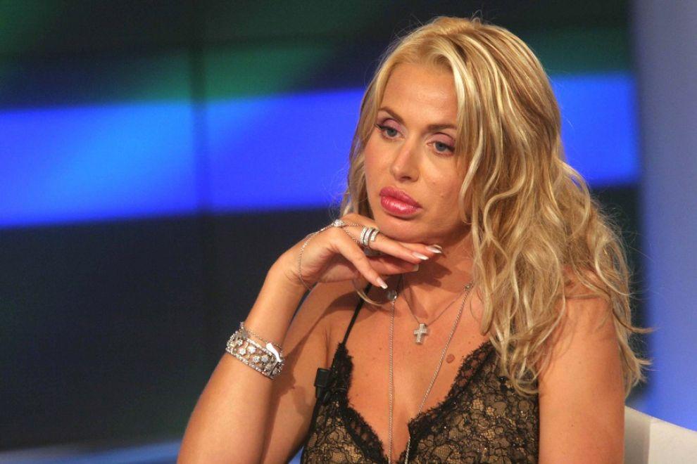 Anticipazioni e sondaggi Grande Fratello VIP prossimo eliminato: Costantino o Pamela Prati?