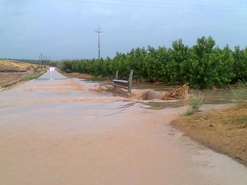 Allerta maltempo Foggia, situazione disastrosa, la strada non esiste più