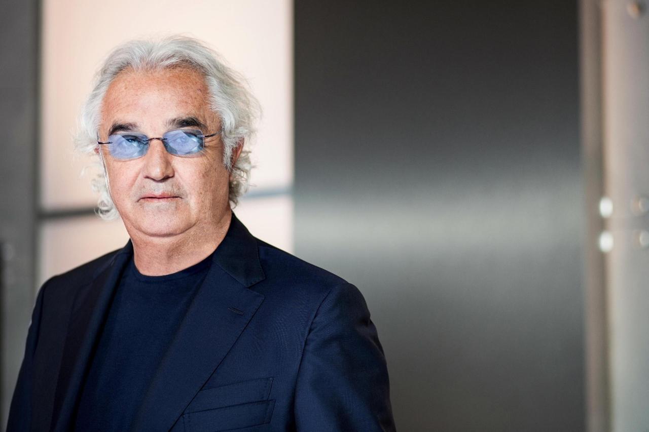 """Flavio Briatore  """"Ci sono persone che spendono 10-20mila euro al giorno quando sono in vacanza"""", Albano risponde"""