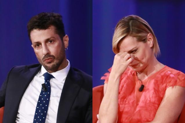 Simona Ventura sarà la conduttrice di un nuovo programma Selfie – Le cose cambiano nel cast Fabrizio Corona