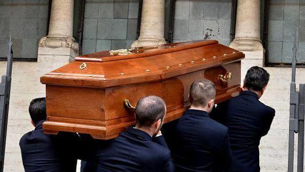 Senigallia, scopre di essere morto al funerale della povera moglie
