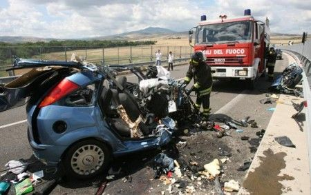 Puglia, Strada Statale 89, terribile incidente mortale