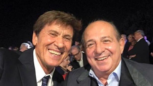 Morandi e Magalli arriva finalmente il selfie della pace, ecco i commenti