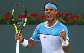 Bellissimo gesto del campione di tennis Rafael Nadal, una mamma durante una partita di tennis perde la sua bambina e lui smette di giocare