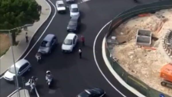 Il nuovo ponte Nord –Sud nuovo simbolo di Bari non ha un nome ma crea già ingorghi spaventosi, video