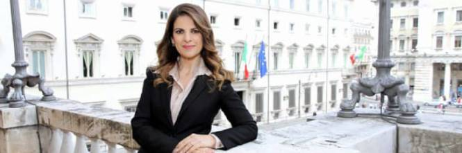 """Bari choc, aggrediscono giornalista di Rete4 inviata di """"Quinta colonna"""""""
