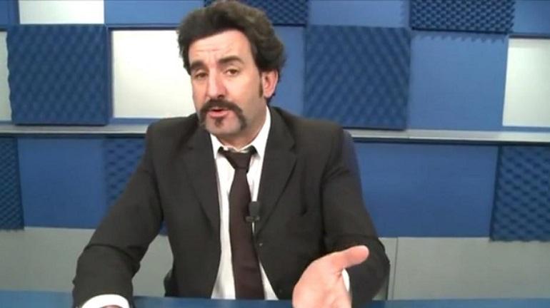 Lugi Pelazza inviato de Le Iene come Mingo di Strisca, accusato di aver pagato alcuni attori per un falso servizio