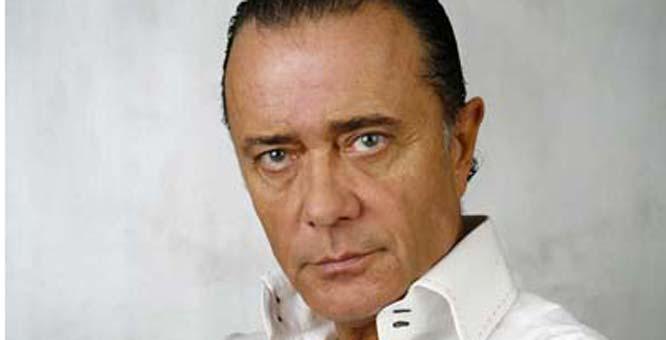 Gravissimo  incidente per il cantante  Gianni Nazzaro, forse non camminerà più