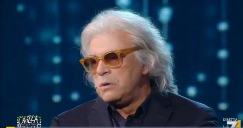 Maurizio Crozza imita Briatore e lo bacchetta per la polemica sulla Puglia, ecco cosa ha detto, video