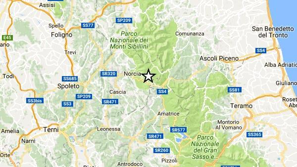 Terremoto, nuove scosse ad Amatrice, una molta forte avvertita in tutto il centro d'Italia, la situazione