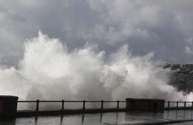 Allerta Meteo per domenica 6 novembre a Bari e provincia, venti fortissimi e mareggiate