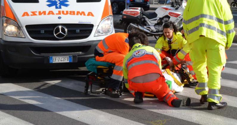 Puglia terribile schianto tra due auto sulla provinciale 275, tre feriti, due in condizioni disperate