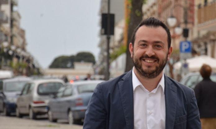 Bari, Decaro piange il suo grande amico Gianclaudio Pinto morto a 38 anni per un tumore scoperto solo 3 settimane fa