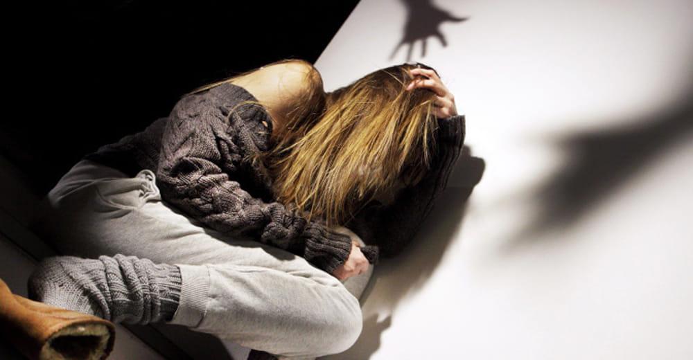 Gravina choc, una quindicenne violentata e stalkizzata aiutata da Telefono azzurro, arrestato il colpevole