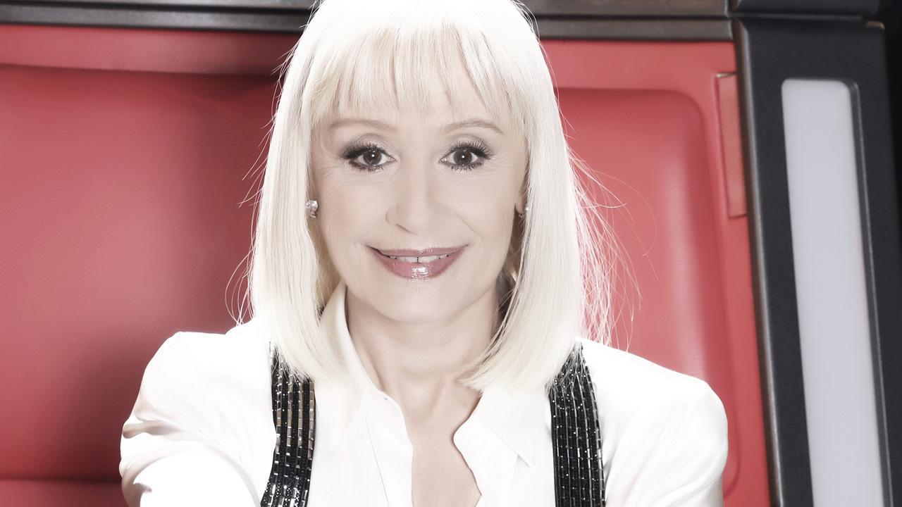 Raffaella Carrà ospite a Domenica live,  lascio il posto alle nuove generazioni