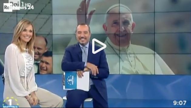 A Uno Mattina forti emozioni, in diretta telefona il Papa, la reazione di Franco Di Mare